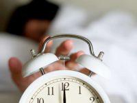 Covid-19: Associação alerta para riscos da mudança da hora em tempos de confinamento