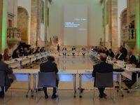 Governo anuncia 30 milhões para programação cultural das autarquias