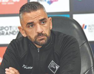 DB-Pedro Ramos - Treinador da Académica, Rui Borges, quer conquistar, diante do Sp. Covilhã, a sexta vitória da Briosa na 2.ª Liga