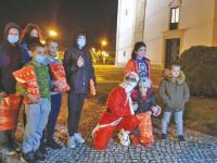 Empresária de Adões distribuiu presentes a crianças desfavorecidas