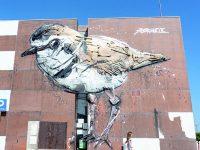 Obra de arte urbana de Bordalo II instalada em Mira